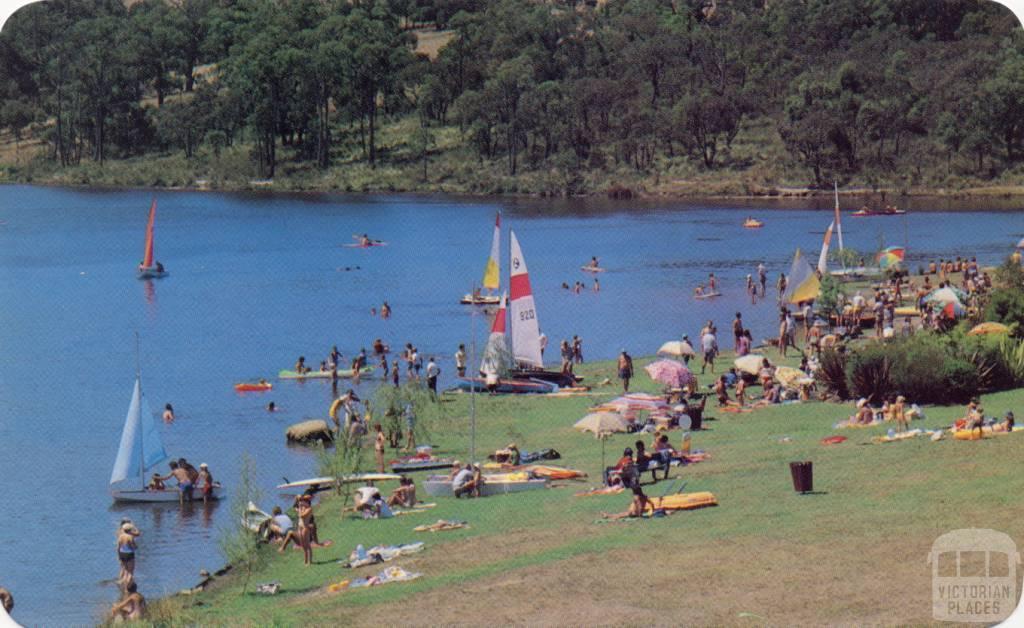 Boating on Aura Lake at Cardinia Creek Reservoir, Clematis
