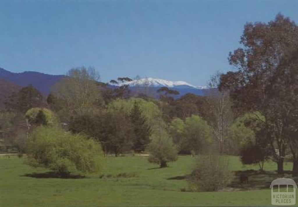 View from Ovens Highway, Bright