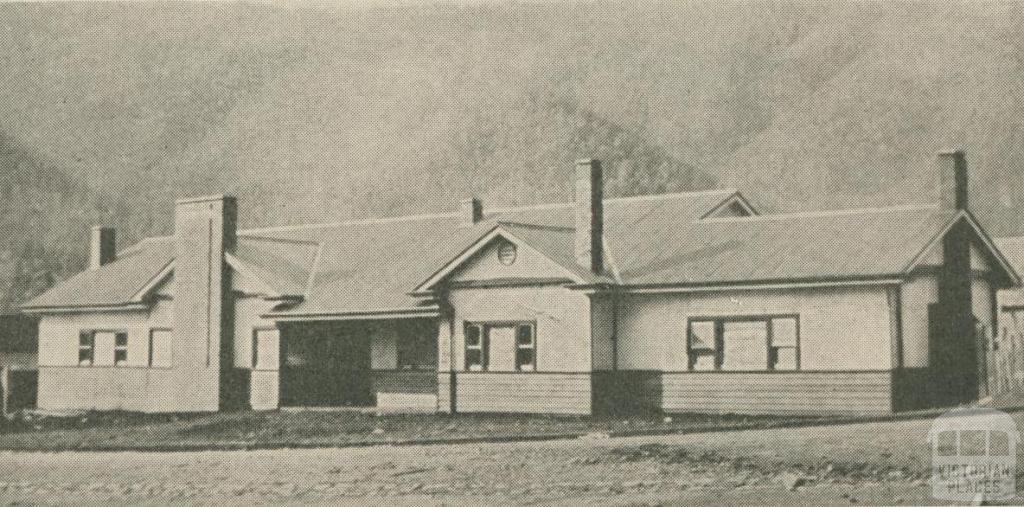 Snowline Hotel, Harrietville, 1947-48