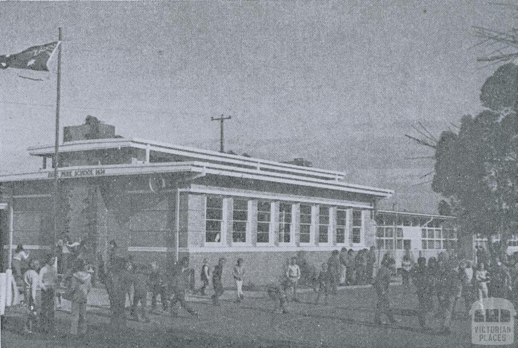 Deer Park Primary School, 1974