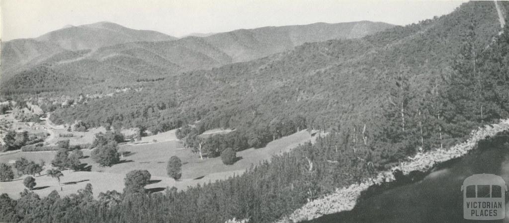 Panorama of Bright, c1960
