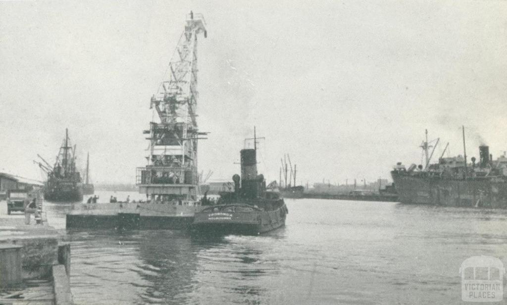 Floating crane, Port of Melbourne, 1947