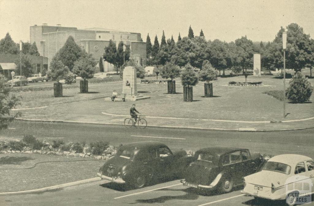 Monash Square, Yallourn, 1961