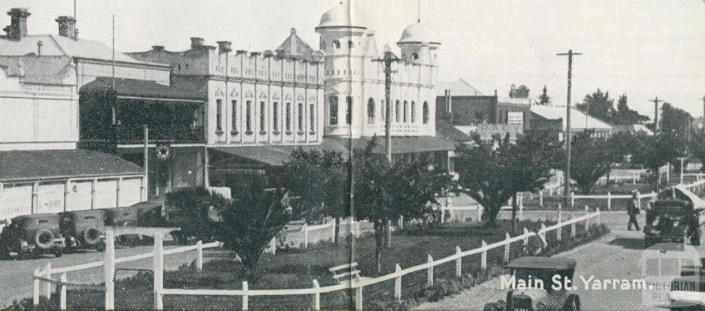 Main Street, Yarram, 1947