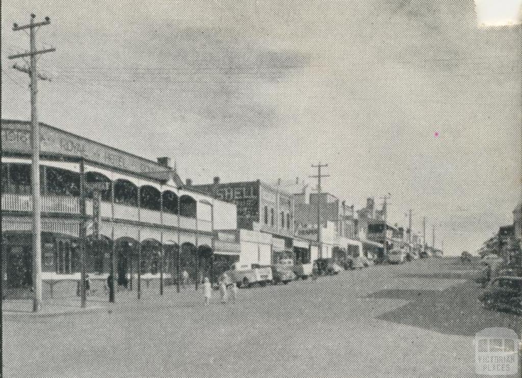Main Street, Daylesford, 1959