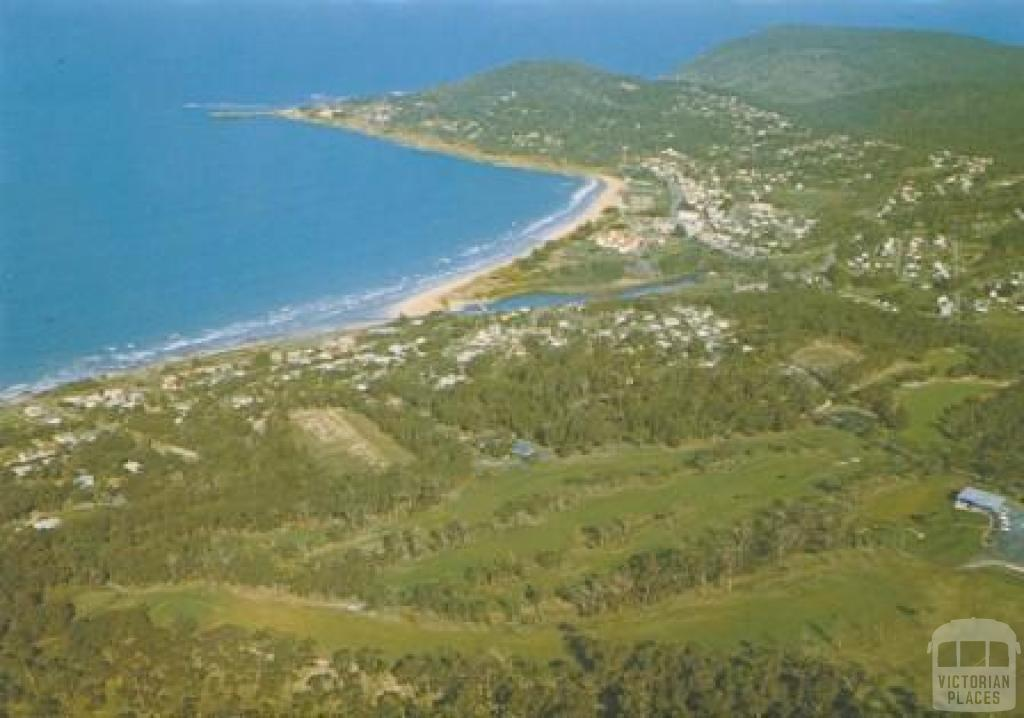 Aerial view of Lorne, with golf course in the foreground