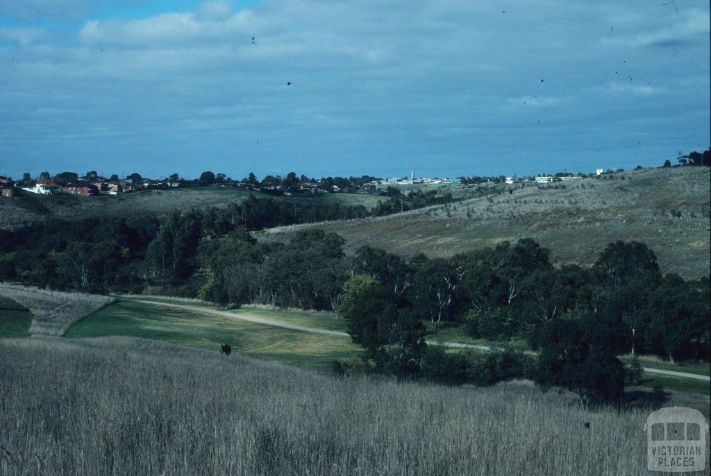 Avondale Heights, 1997
