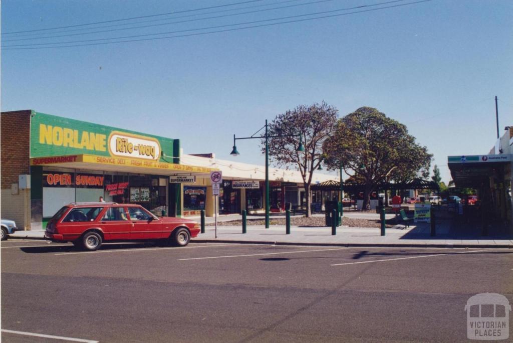 Labaun Square, Norlane, 1997
