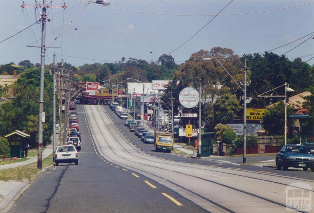Hartwell, looking east, Camberwell Road, 1999