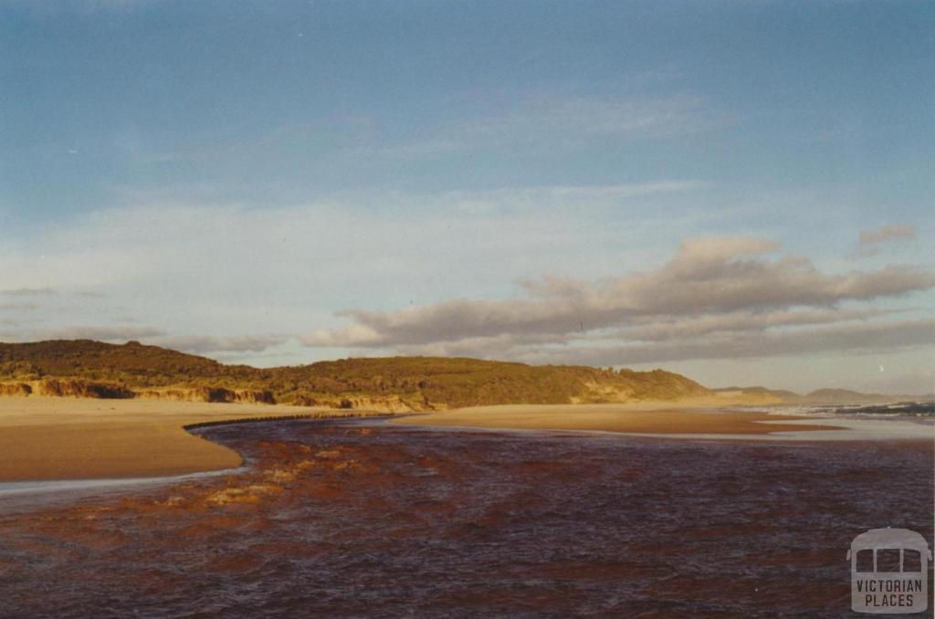 Thurra River, 2000