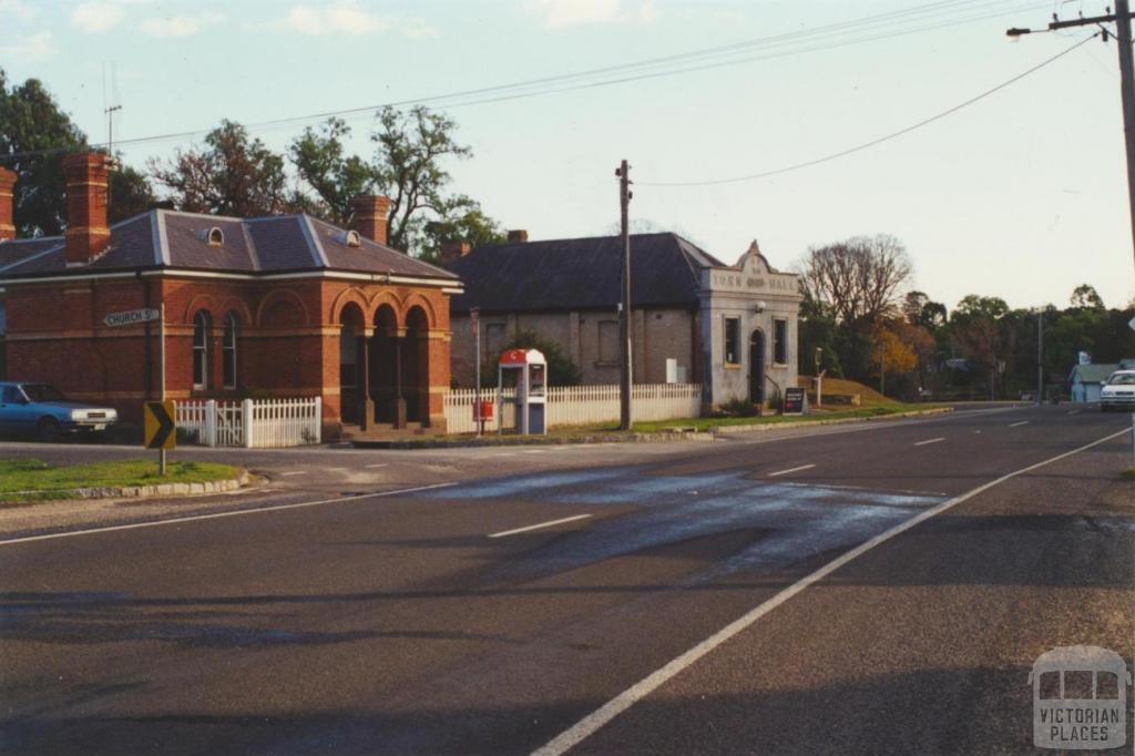 Chewton, 2000