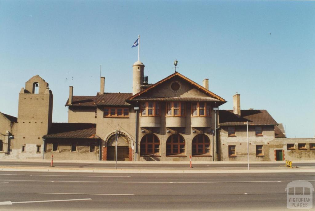 Mission to Seafarers, Flinders Street, Docklands, 2000