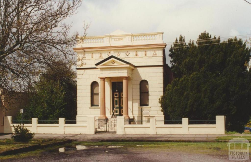 Havilah Lodge, Creswick, 2000