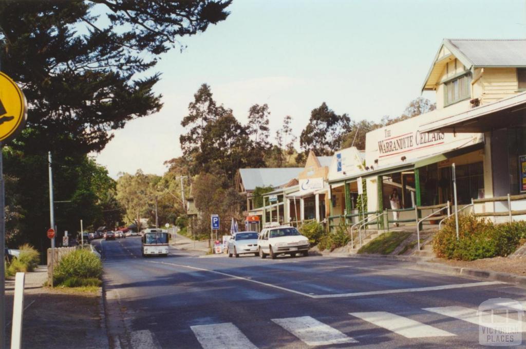 Warrandyte main street, 2000