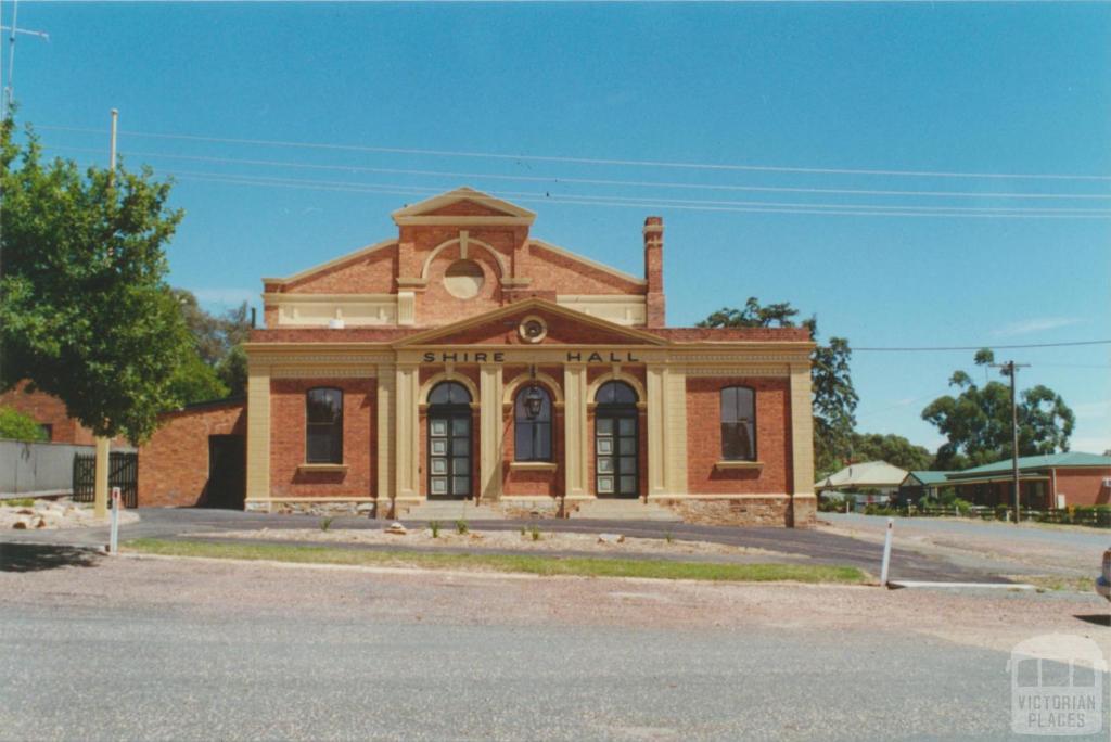 Rushworth, Waranga Shire Hall, 2001