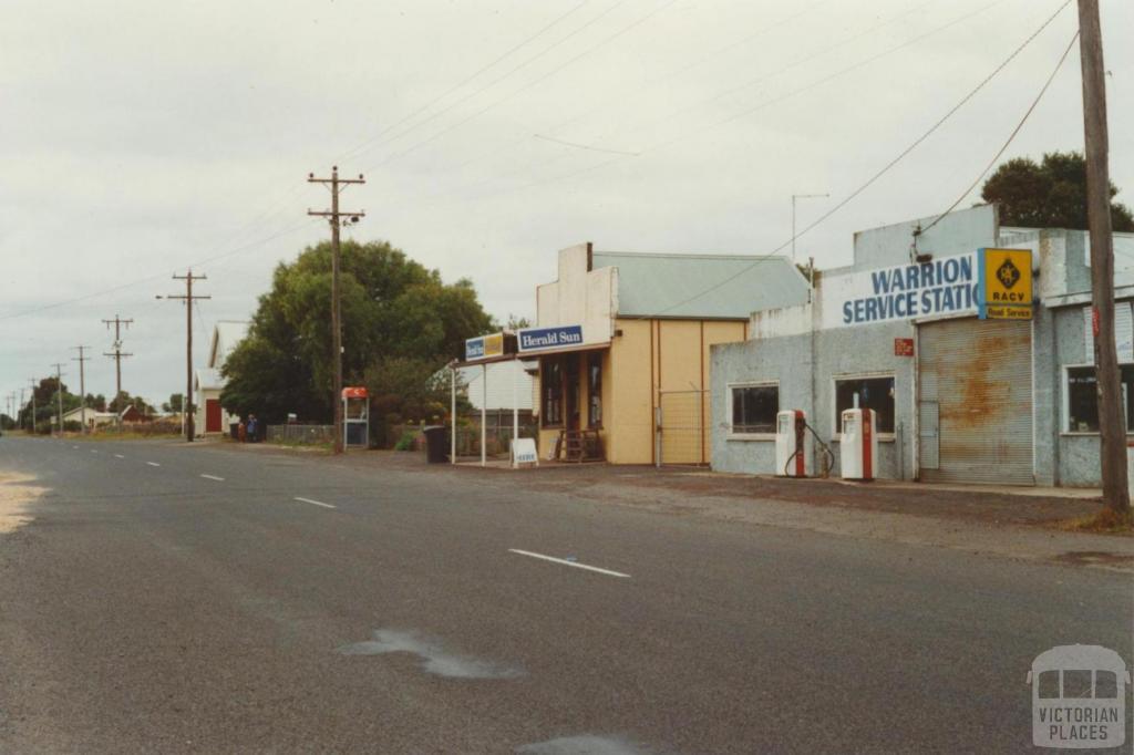 Main street, Warrion, 2001