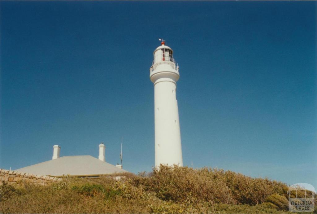 Port Hicks Lighthouse, 2002