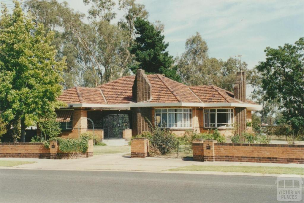 1950s house, Melville Street, near Broken River