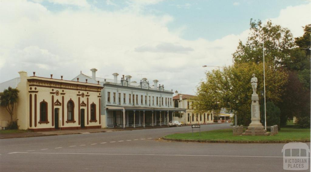 Main street (Woodend Road) Lancefield, 2002