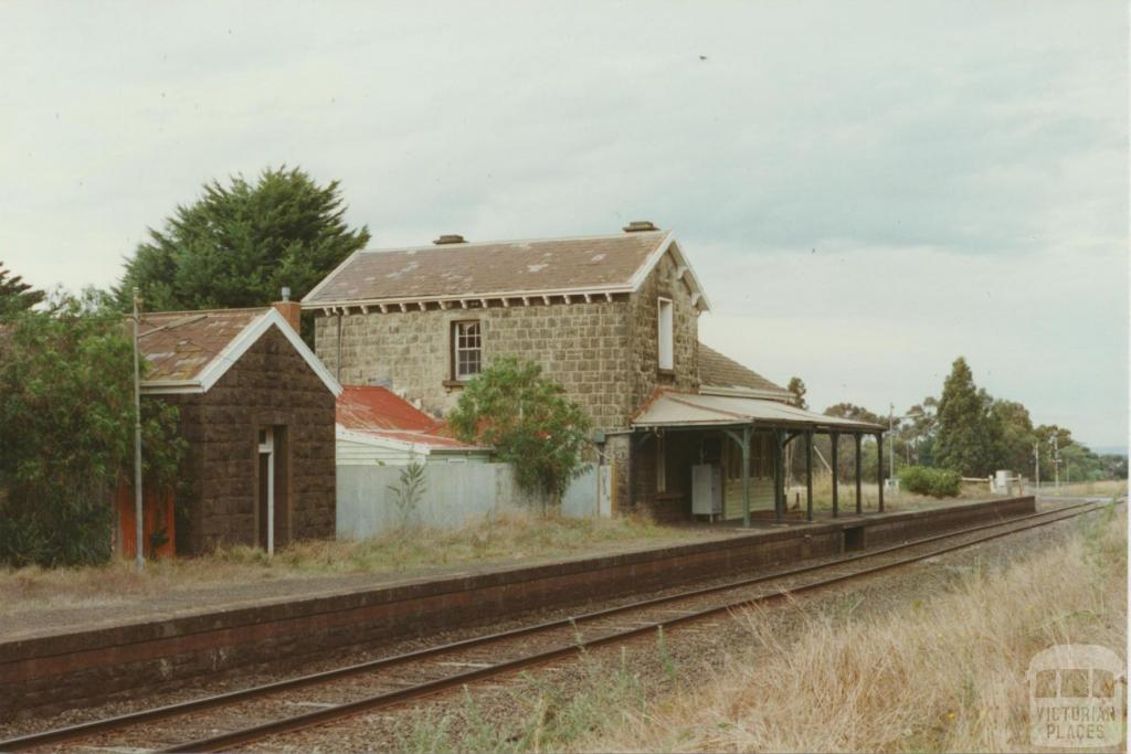Lethbridge Railway Station, 2002