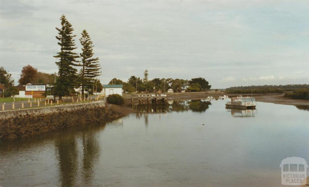 Sawtell Inlet, Tooradin, 2002