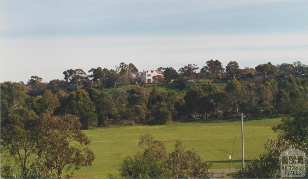 Banyule from Viewbank, 2002