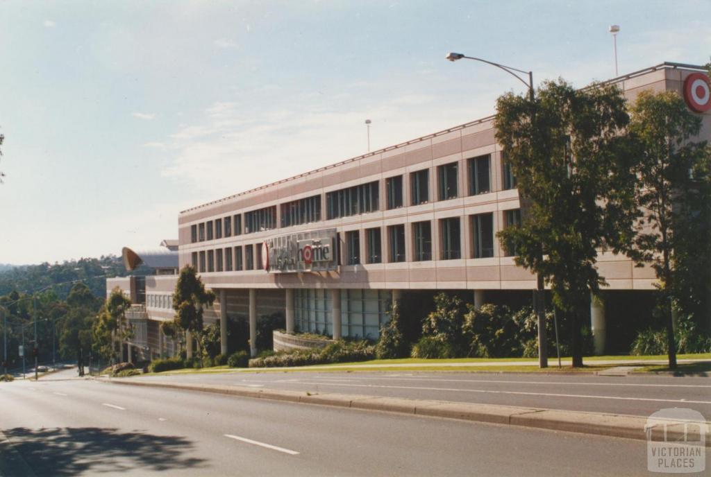 Greensborough shopping centre, 2002