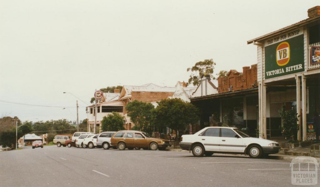 Bunyip, 2002