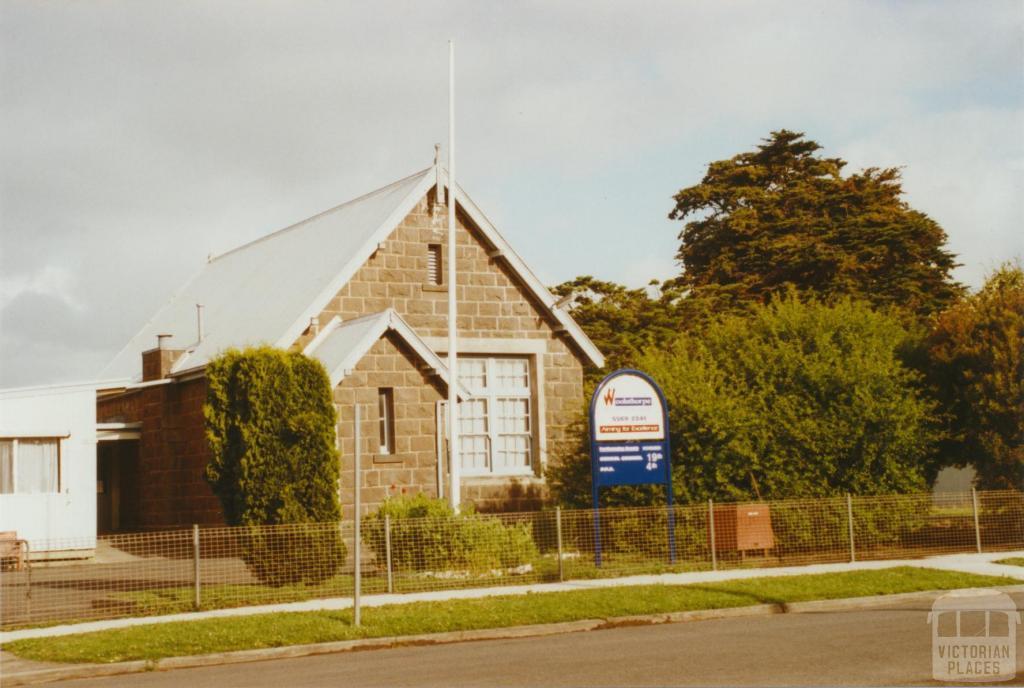 Woolsthorpe primary school, 2002
