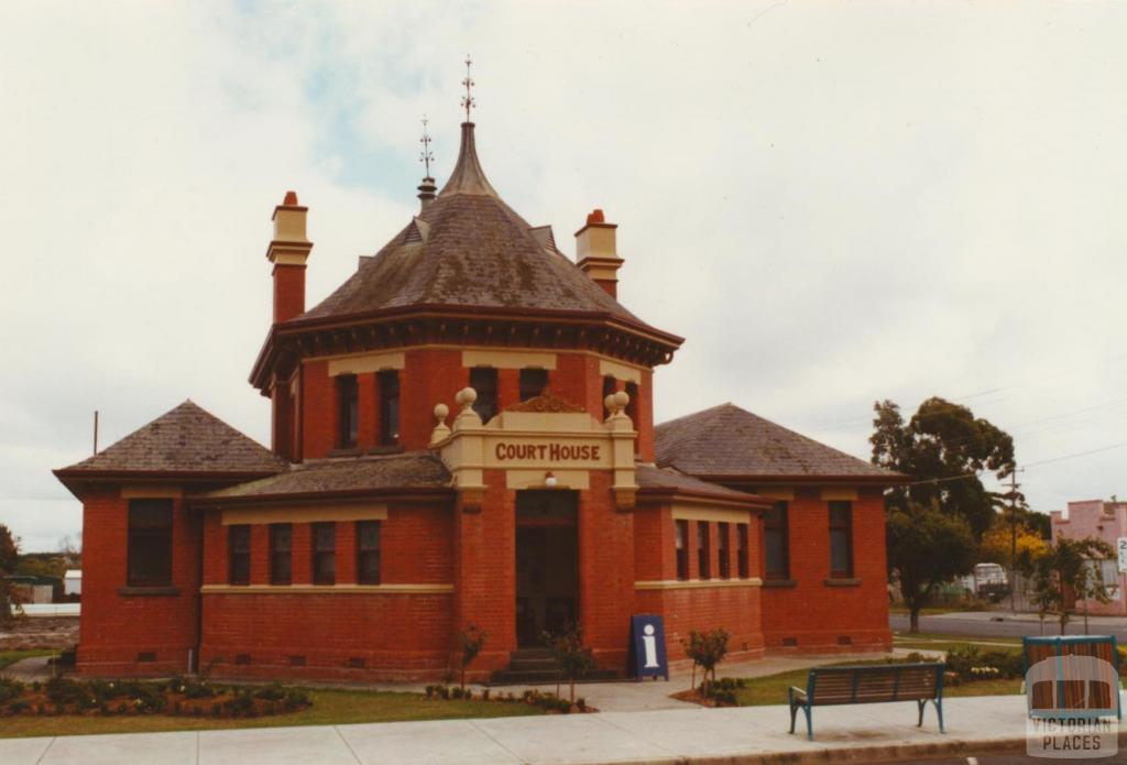 Yarram court house, 2003