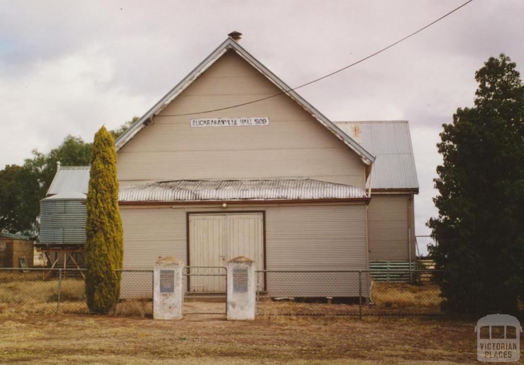 Buckrabanyule Hall, 2005