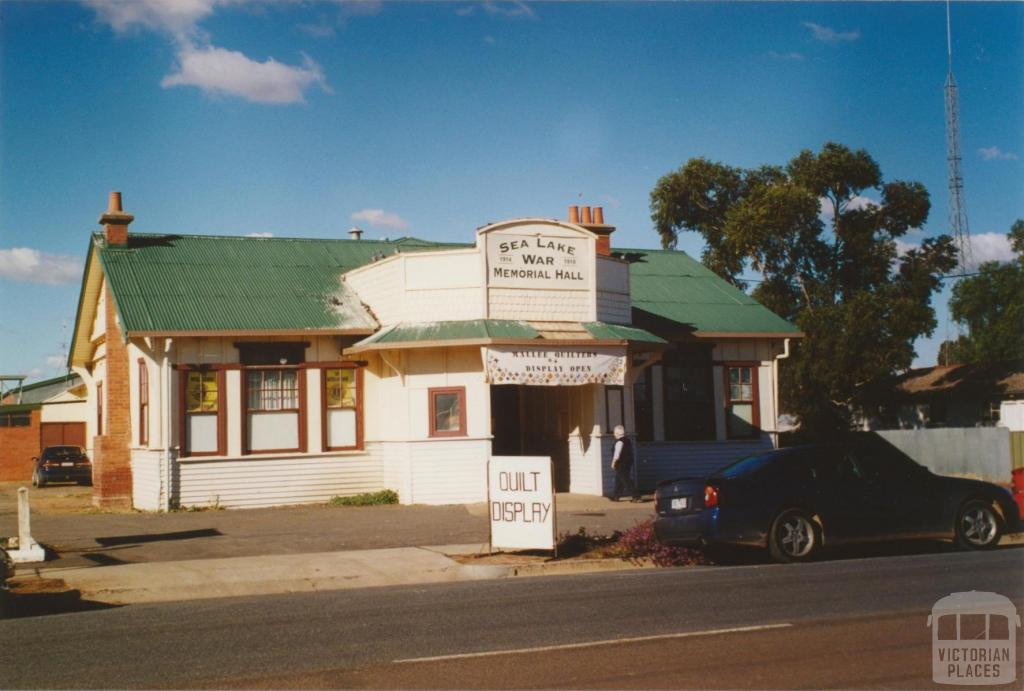 Sea Lake hall, Horace Street, 2005