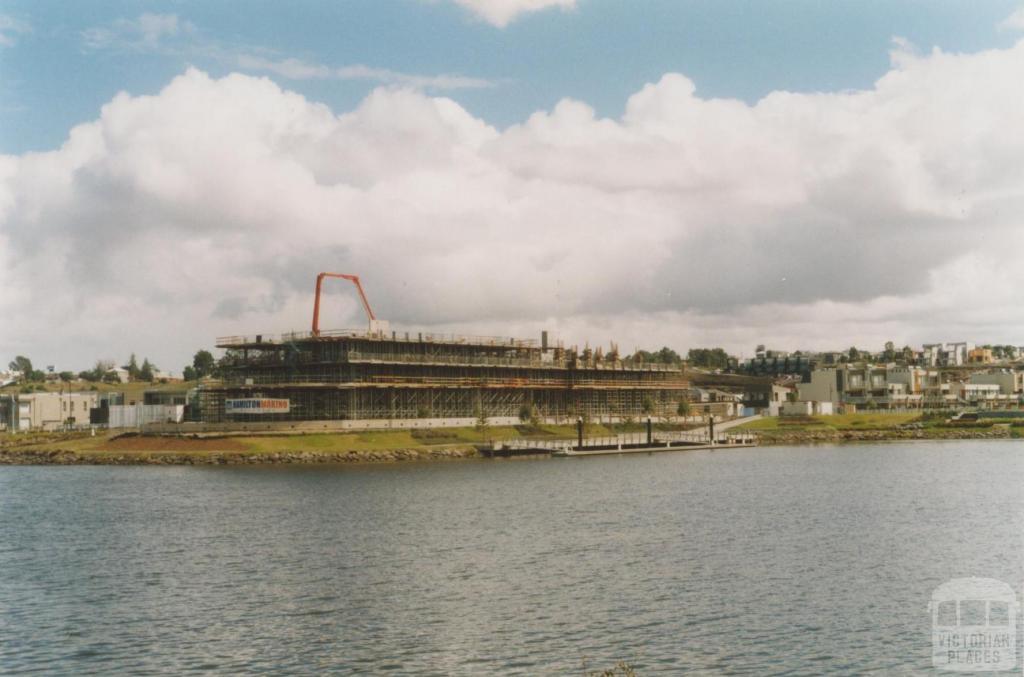 Edgewater, Maribyrnong, 2010