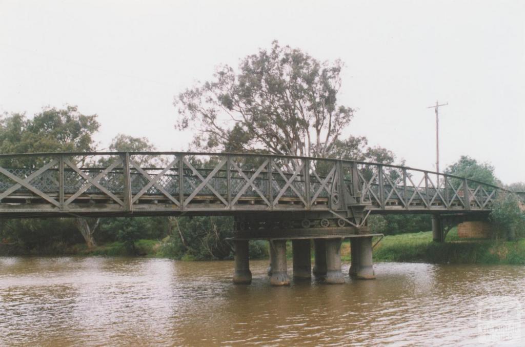Swing bridge, Latrobe River, Sale, 2010