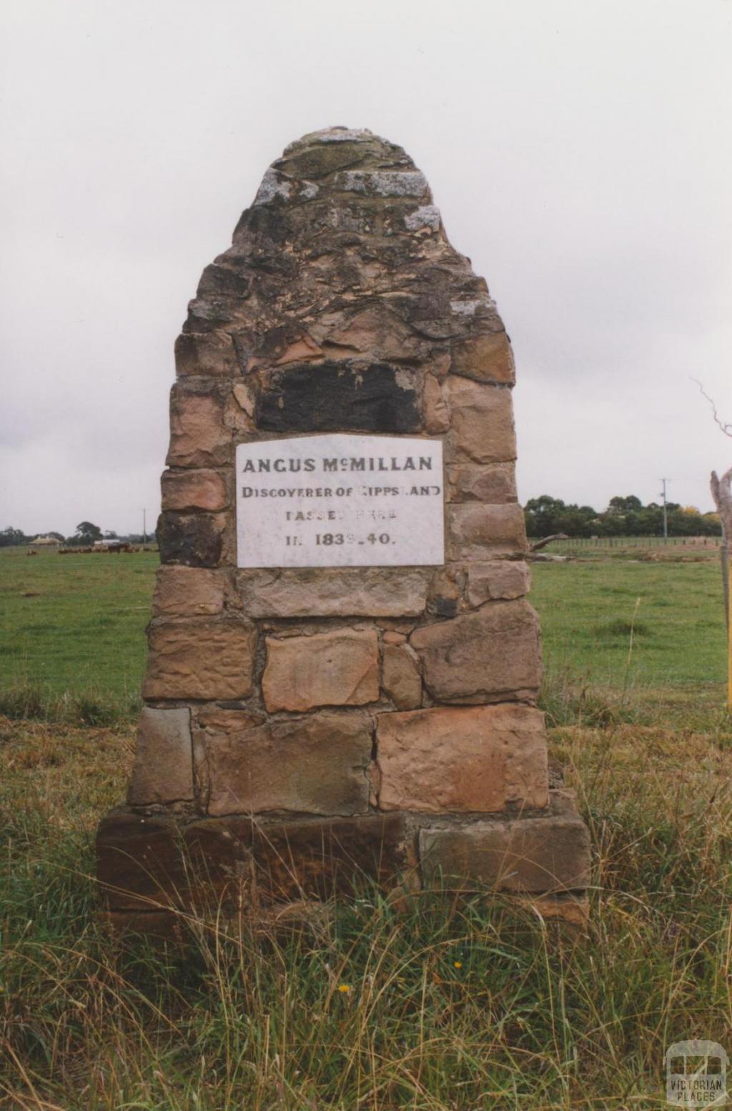 Memorial to Angus McMillan opposite Bundalaguah school