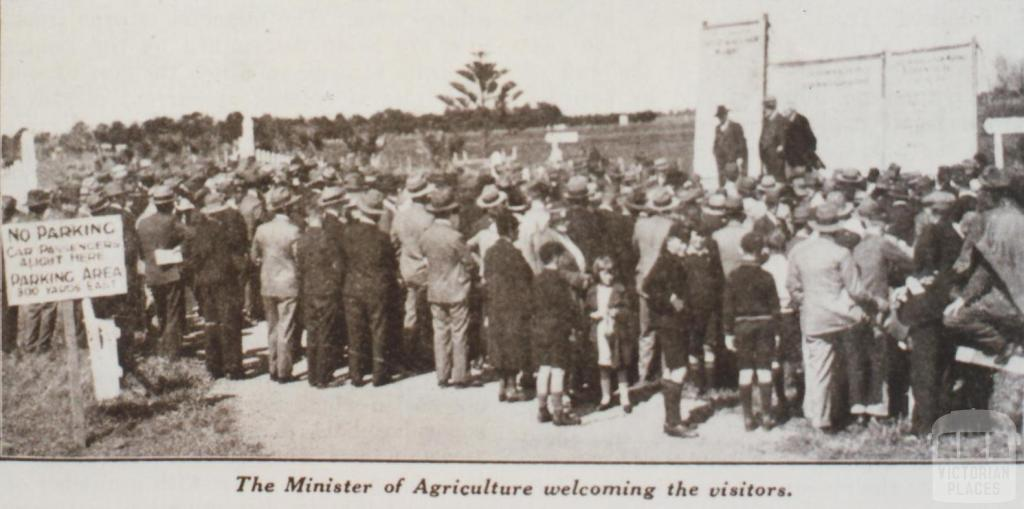 Werribee research farm, farmers' field day, 1933