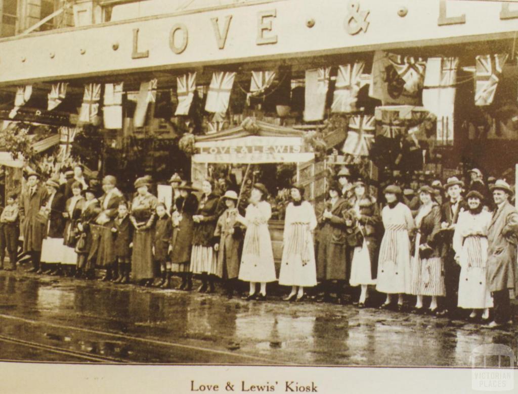 Love & Lewis' Kiosk, Prahran, 1918