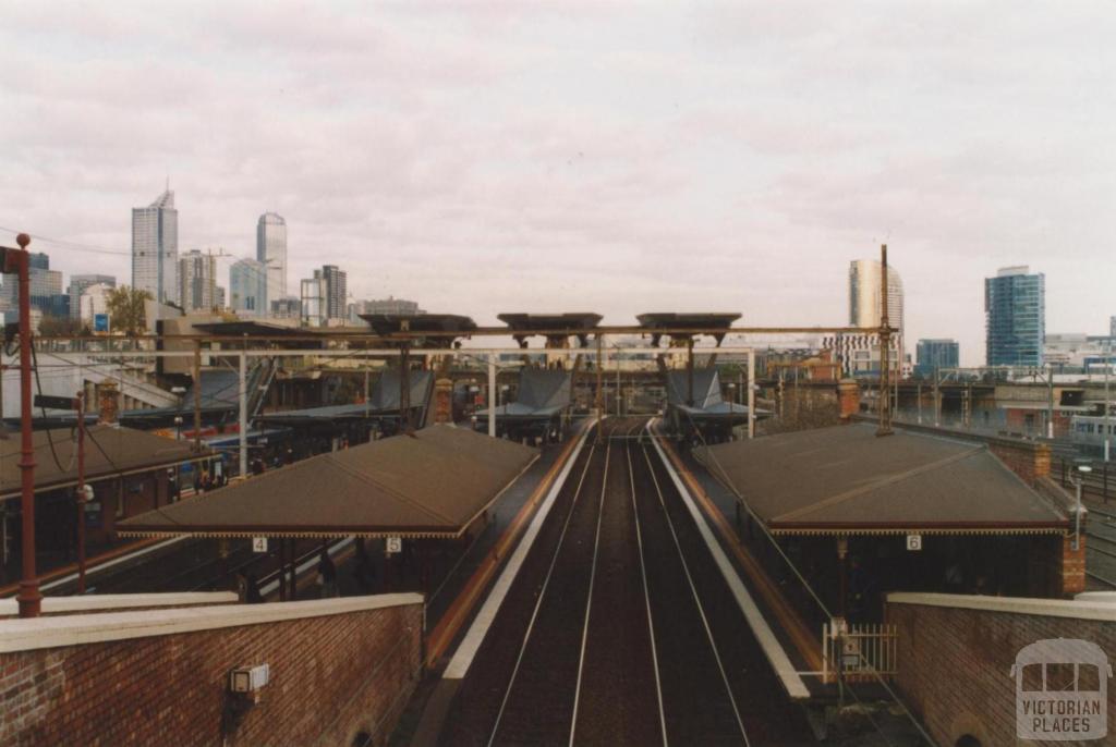 North Melbourne railway station, 2010