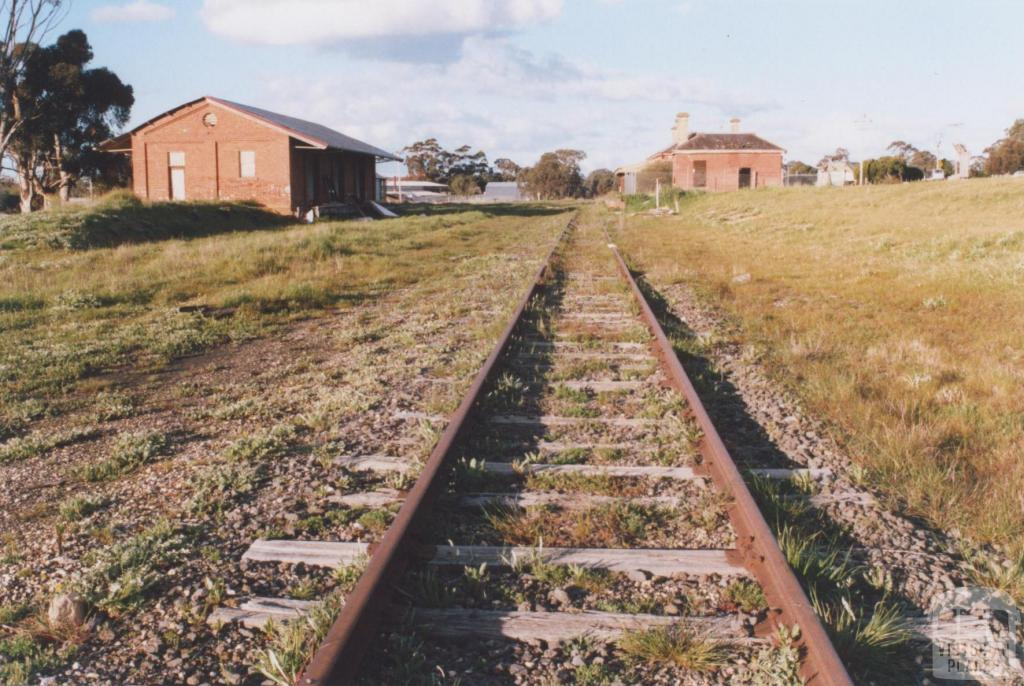 Railway Station, Avoca, 2010