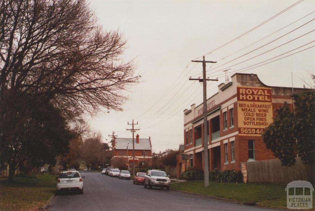 Hotel Loch, 2012