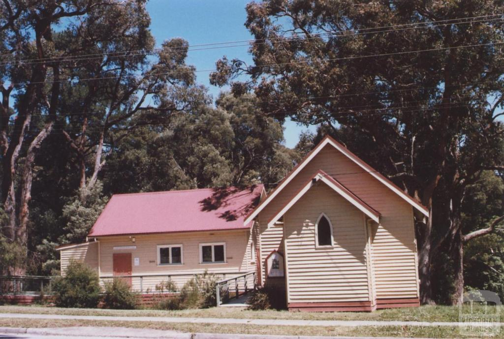 St Martins Church of England, Belgrave Heights, 2012