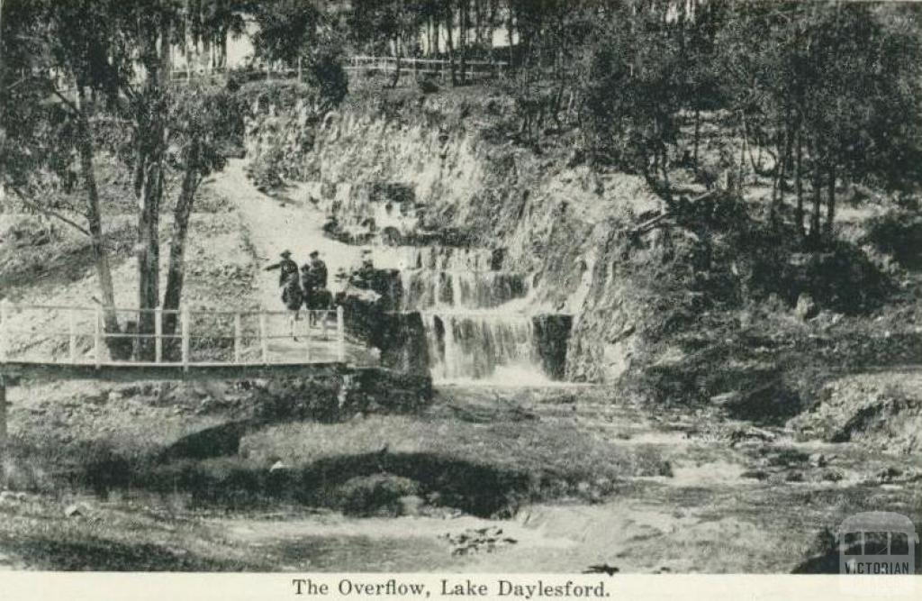 The overflow, Lake Daylesford
