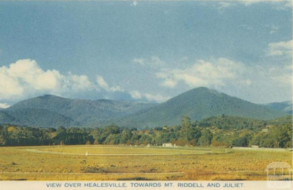 View over Healesville towards Mt Riddell and Juliet