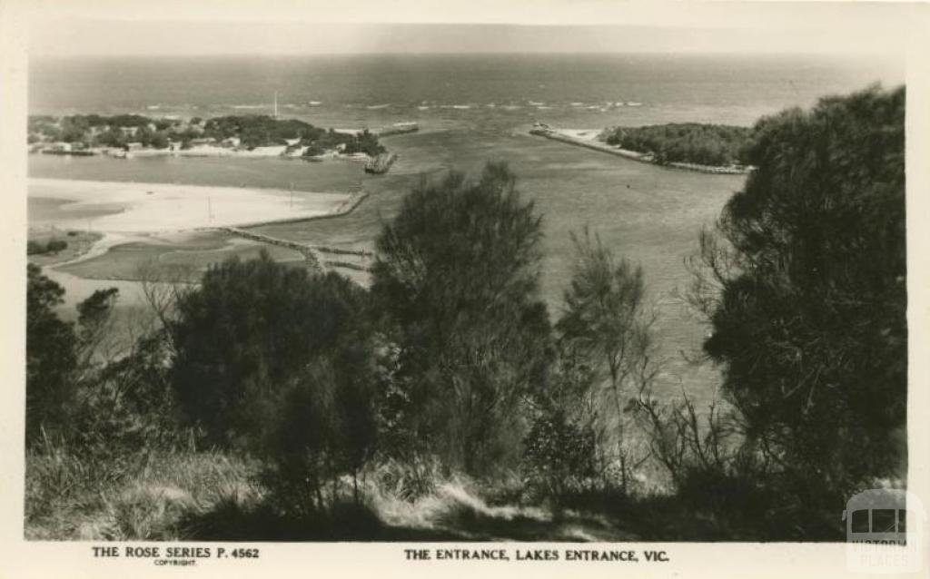The Entrance, Lakes Entrance, 1963