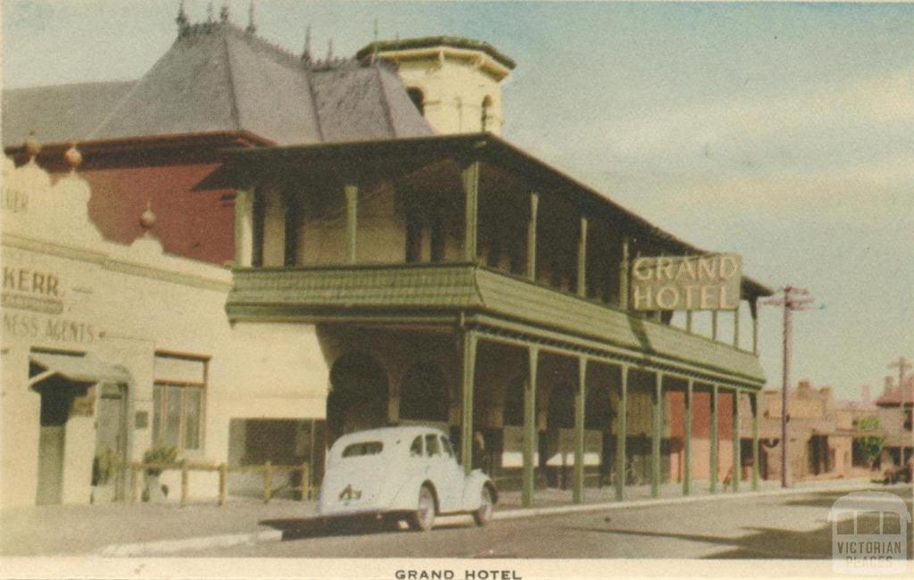 Grand Hotel, Mornington, 1951