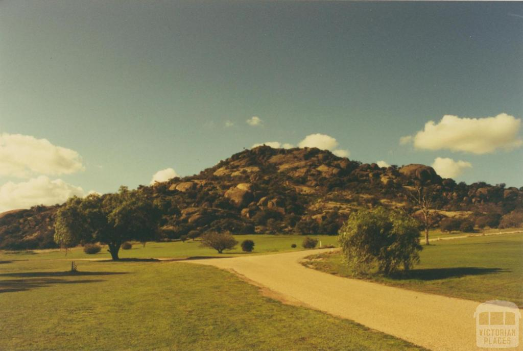 Pyramid Hill, 1980