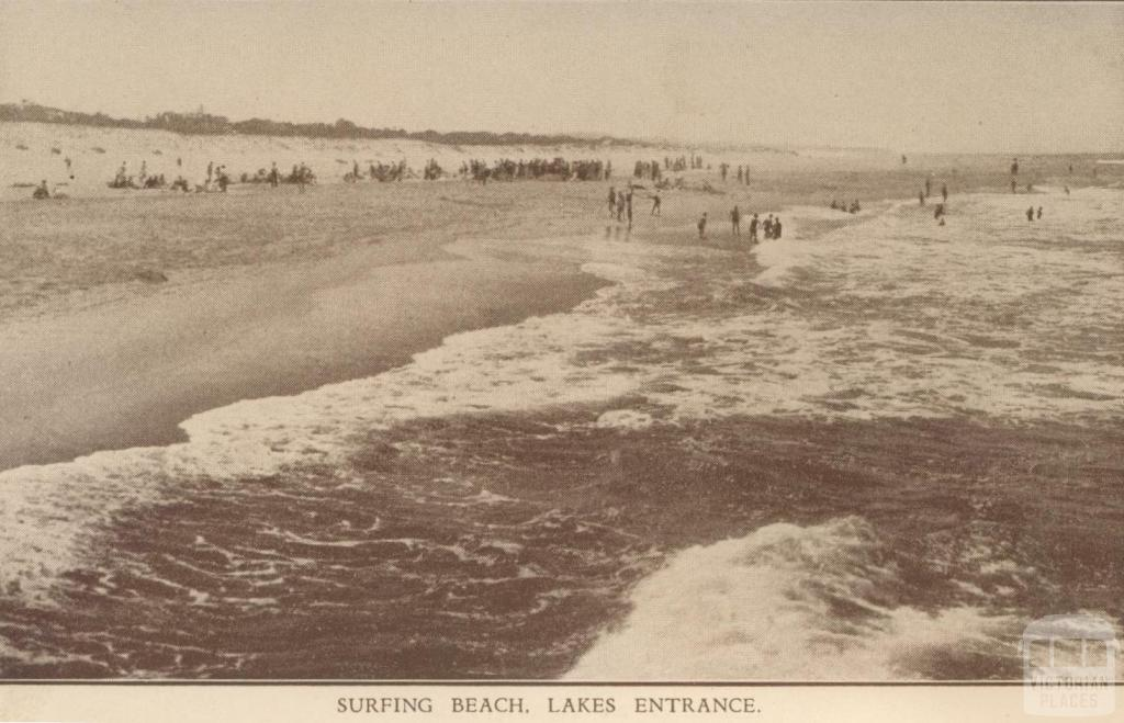 Surfing Beach, Lakes Entrance
