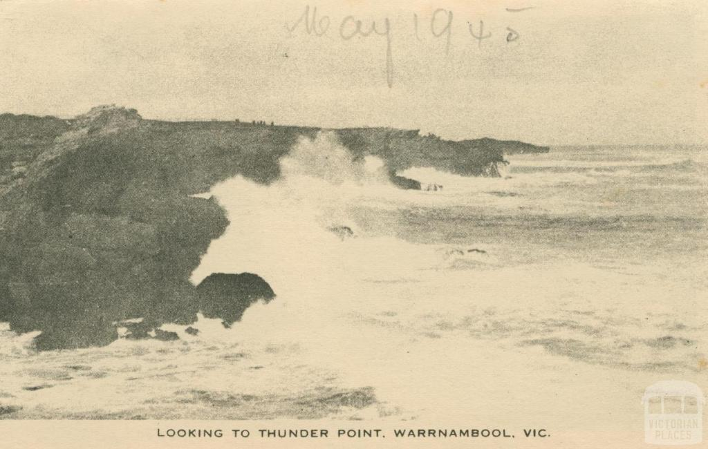 Looking to Thunder Point, Warrnambool, 1945
