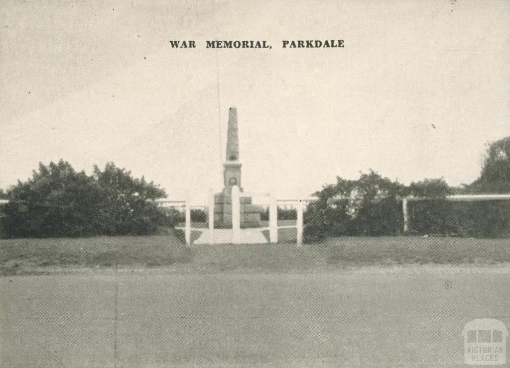 War Memorial, Parkdale, 1955